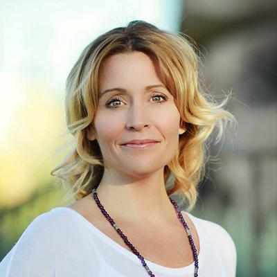 Laura Mckinzie